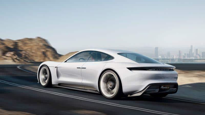 Porsche Mission E / Taycan Heck-Ansicht