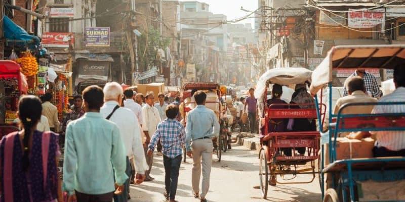 New Delhi beginnt mit Aufbau von Ladestationen