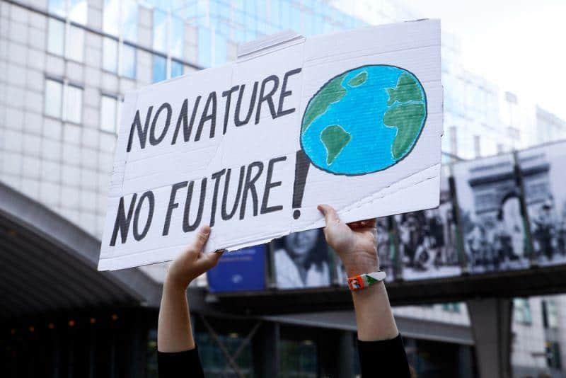 10 Millionen E-Autos für Klimawende notwendig