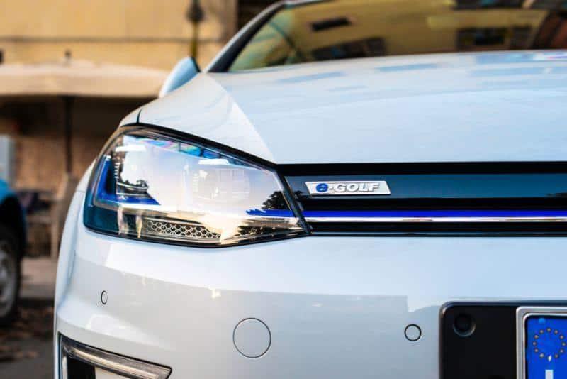 VW sieht Tesla bei E-Mobilität im Vorteil