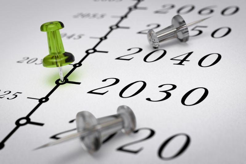 2030 noch mehr als 70% Verbrenner unterwegs