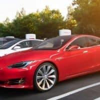 Tesla legt Empfehlungsprogramm neu auf