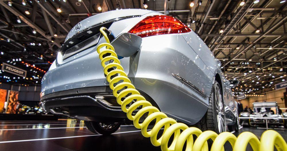 Preise für Hybridfahrzeuge und Plug-In-Hybride