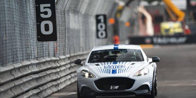 Aston Martin Rapide E auf den Straßen Monacos