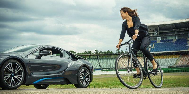 e4 Testival Hockenheimring - BMW i8 und E-Bike