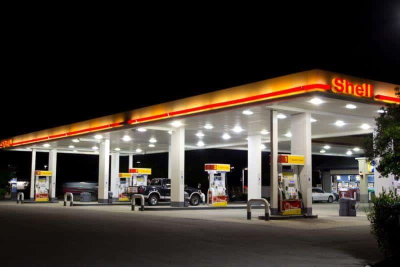 Shell setzt auf Ladestationen an eigenen Tankstellen