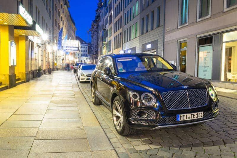 Bentley Elektroauto frühstens ab 2025