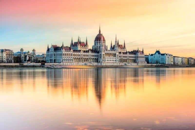 ThyssenKrupp lässt sich mit Fertigung in Ungarn nieder