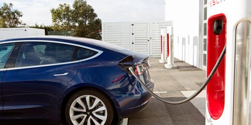 Tesla Model 3 stellt Laderekord auf