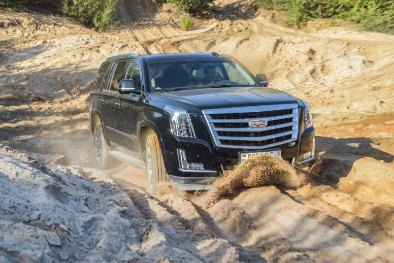 Cadillac Escalade soll voll elektrisch unterwegs sein