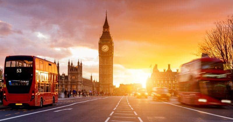 Großbritannien stellt Flotten auf E-Autos um