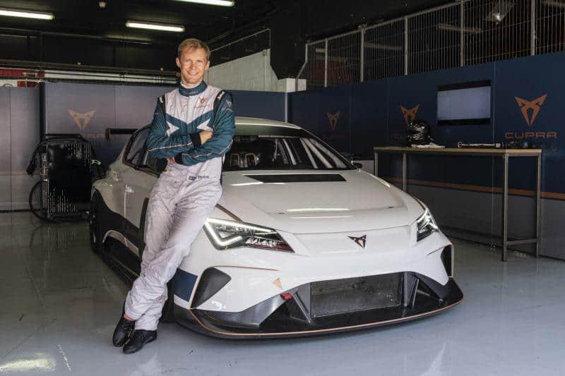 Mattias Ekström wird Fahrer des CUPRA e-Racer