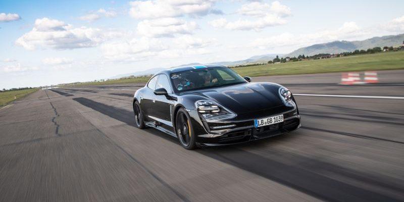 Porsche Taycan besteht Sprint-Tests