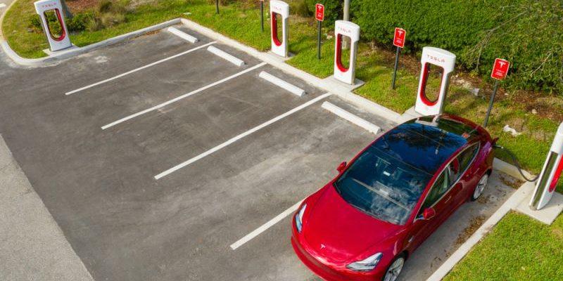 Tesla erhöht Ladeleistung an europäischen Supercharger