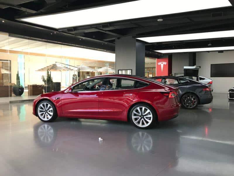 Tesla äußert sich über nextmove Storno