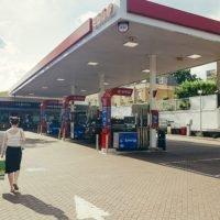 Tankstellen sterben aus - Ladestationen erfahren Wachstum
