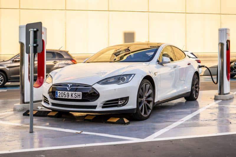 Tesla Supercharger-Netzwerk wächst unaufhaltsam