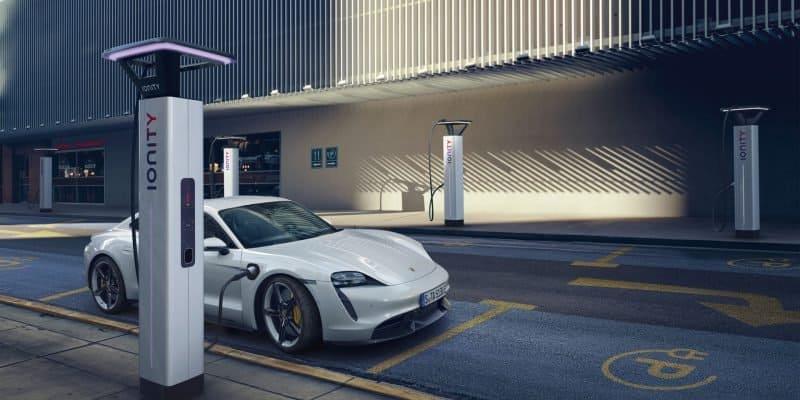 Porsche Taycan überzeugt durch Geschwindigkeit