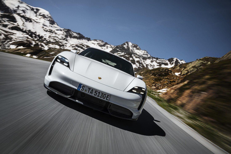 Porsche Taycan Turbo - alle Daten und Fakten