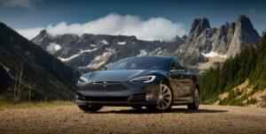 Greta Thunberg reist mit Tesla Model 3 klimaneutral