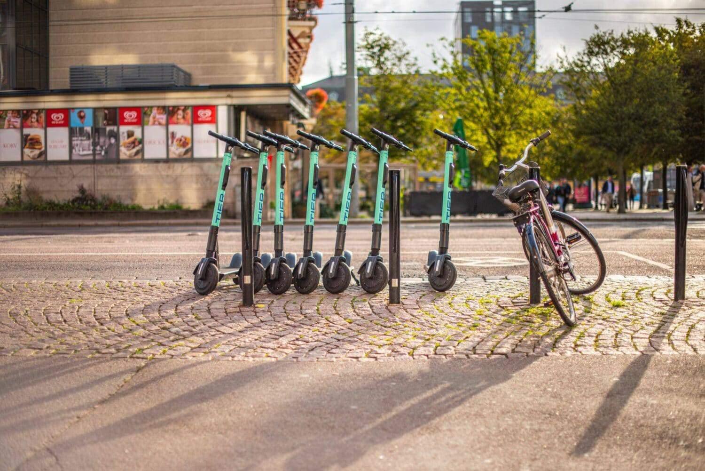 TIER stellt alte E-Scooter nicht einfach aufs Abstellgleis
