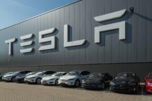 Tesla führt Model S und Model X Produktion aus sentimentalen Gründen fort