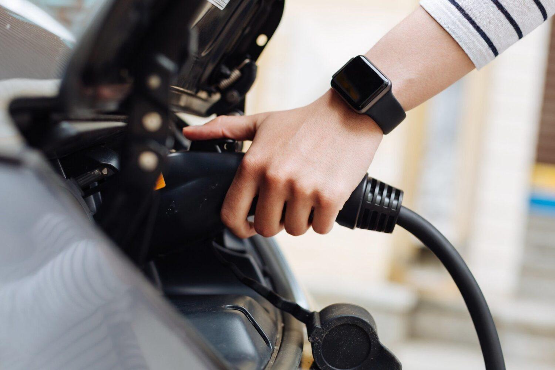 Verbraucher uneins bei Umweltfreundlichkeit der Elektromobilität