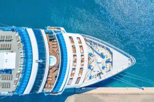 Freudenberg versorgt Kreuzfahrtschiff mit Brennstoffzellen-Technologie