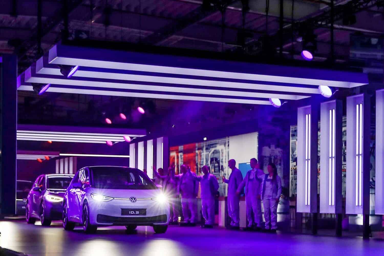 VW AG erklärt warum der ID.3 acht Monate nach Produktion ausgeliefert wird