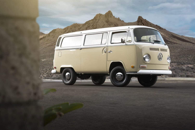 Elektifizierter 1972 Volkswagen Typ 2 Bus zeigt Potenzial des e-Golf-Antriebsstrangs in Oldtimern