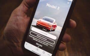 Tesla dominiert Elektroauto-Absatz im September 2019