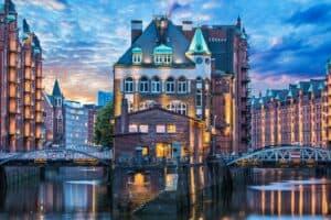 VW und Hamburg weiten Mobilitätspartnerschaft weiter aus