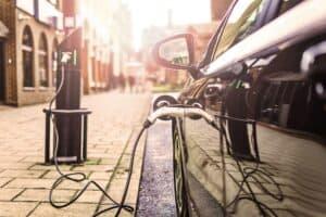 Wer lädt schneller - Tesla Model X, Audi e-tron, Jaguar I-PACE oder MB EQC ?