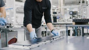 Tesla: 12 Monate nach dem Spatenstich fertigt Gigafactory China 1.000 Model 3 / Woche