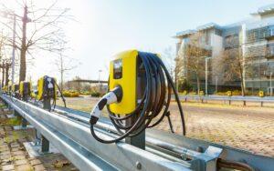 """""""Electric City"""" von Opel: Innerhalb eines Jahres 350 Ladepunkte installiert"""