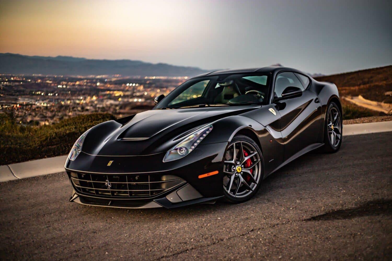 Ferrari - kein E-Auto vor 2025
