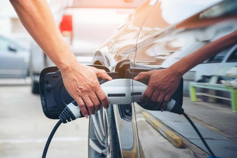 """Plug-in-Hybrid nur sinnvoll """"wenn ich bereit bin, das Auto regelmäßig aufzuladen"""""""