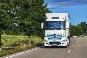 Mercedes bringt vollelektrisches Abfallsammelfahrzeug eEconic ab 2022 auf die Straße