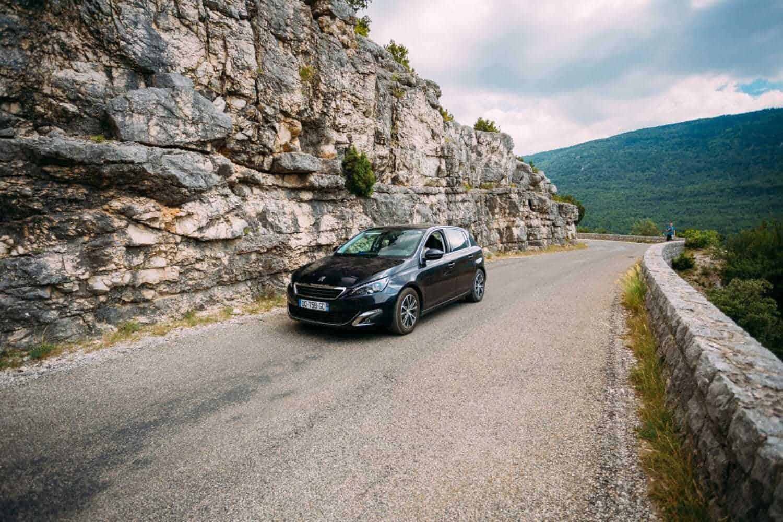 Peugeot-Chef will Elektrifizierung vorantreiben und CO2-Ziel bereits in Q1 erreicht haben