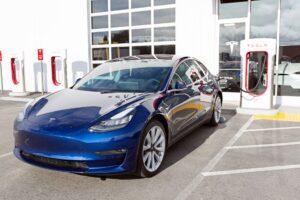 Tesla startet Model 3 Kundenauslieferungen in China - 3.000 E-Autos/Woche geplant