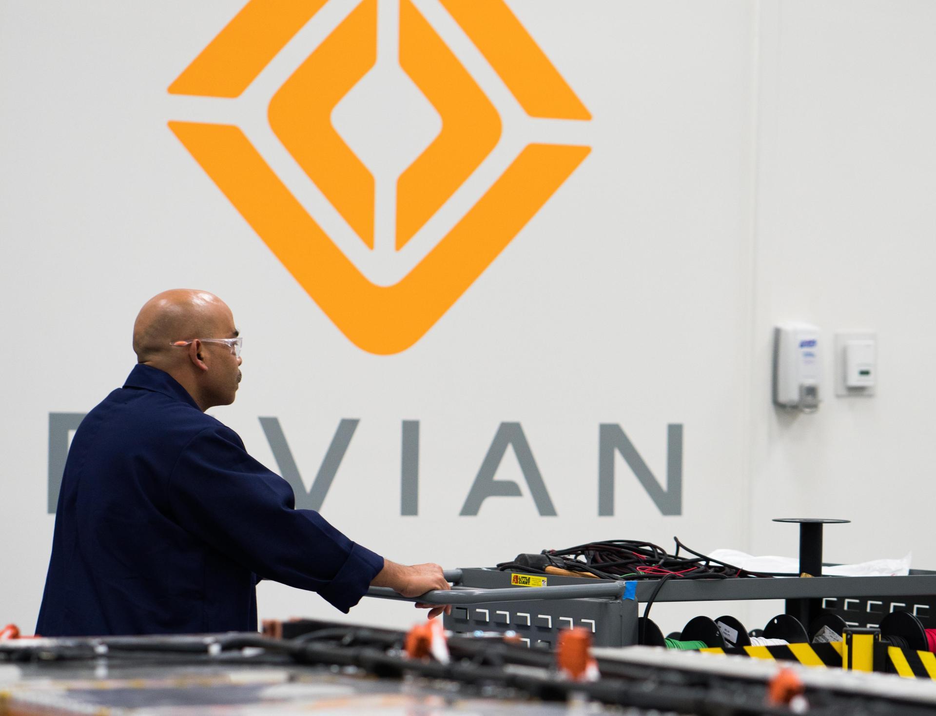 Blick hinter die Kulissen: Amazon & Rivian entwickeln einen E-Transporter