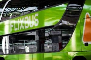 """Flixbus-Gründer beklagt """"erhebliche Hürden"""" bei E-Bussen im Fernverkehr"""