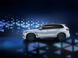 """BMW-Entwicklungsvorstand: """"Brennstoffzellen-Antrieb kann langfristig Säule im Antriebsportfolio werden"""""""