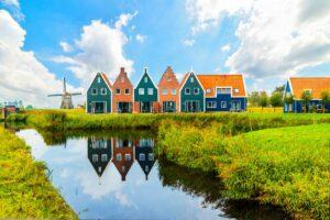 Niederlande und Norwegen in Europa am besten auf E-Mobilität vorbereitet