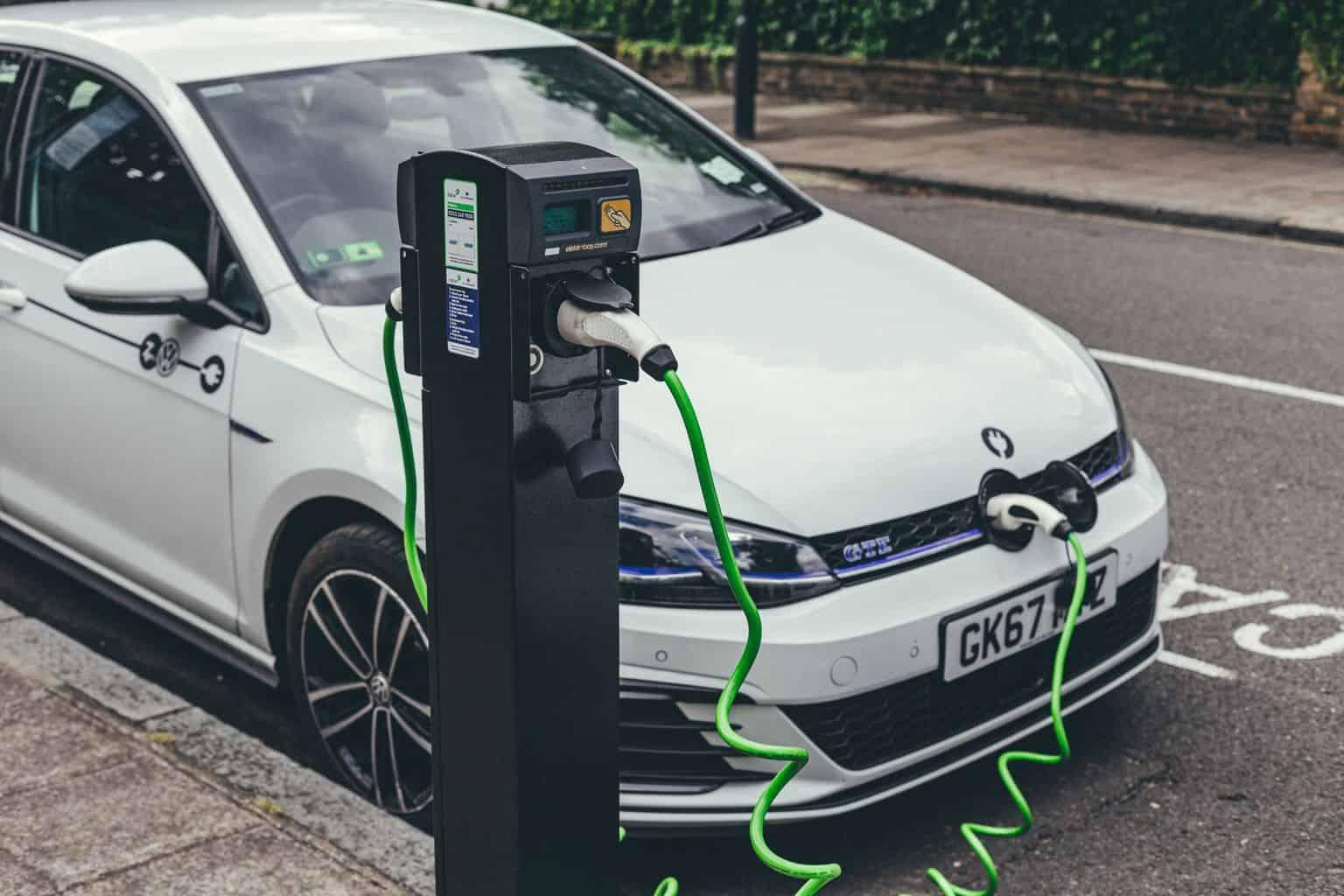 PHEV- und E-Auto-Absatz im Januar 2020 nach Hersteller