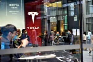 "Autokauf in Corona-Zeiten: Tesla führt ""berührungslose"" Fahrzeugübergabe ein"