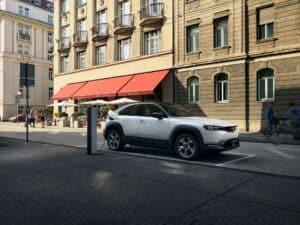 Mazda MX-30 Produktion begonnen - noch 2020 Verkaufsstart in Deutschland