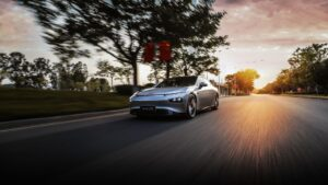 Xpeng kann Reichweite bei Elektro-Limousine Xpeng P7 steigern