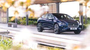 Jaguar I-PACE Update: Schnelleres Laden, stärker Fokus auf Fahrer und Unterhaltung