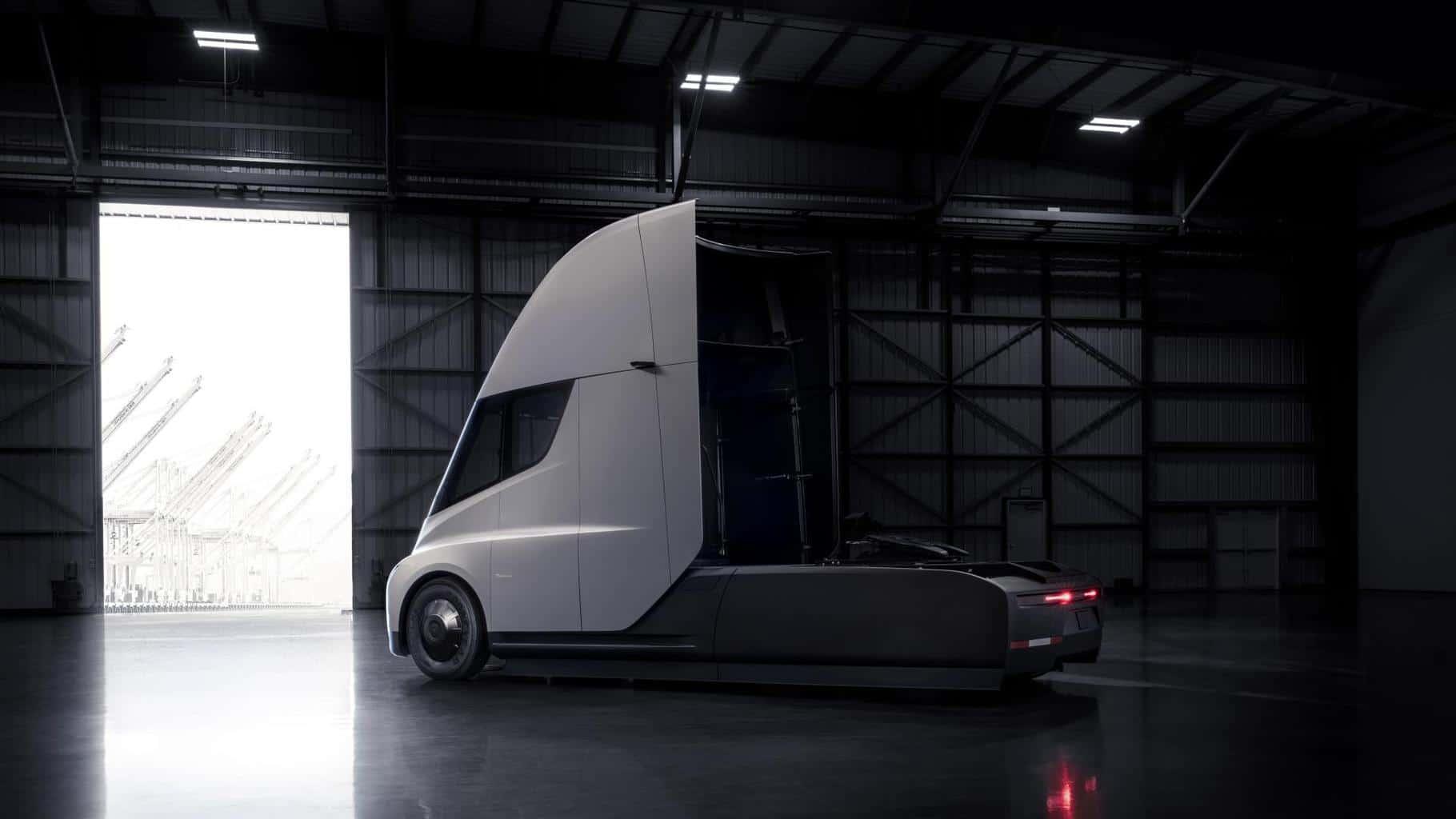 Tesla setzt Fokus auf Serienproduktion des Tesla Semi